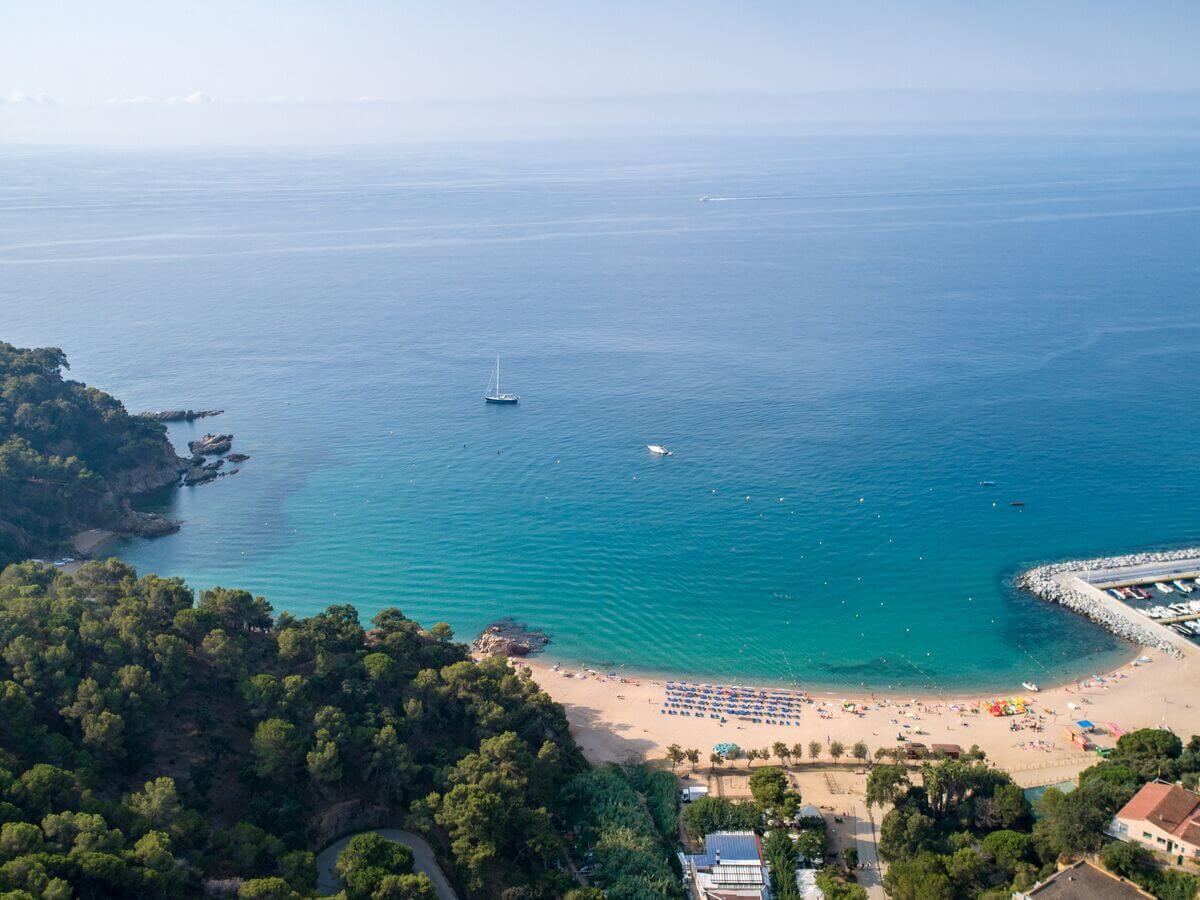 Camping met laadpaal Spanje - Camping Cala Canyelles